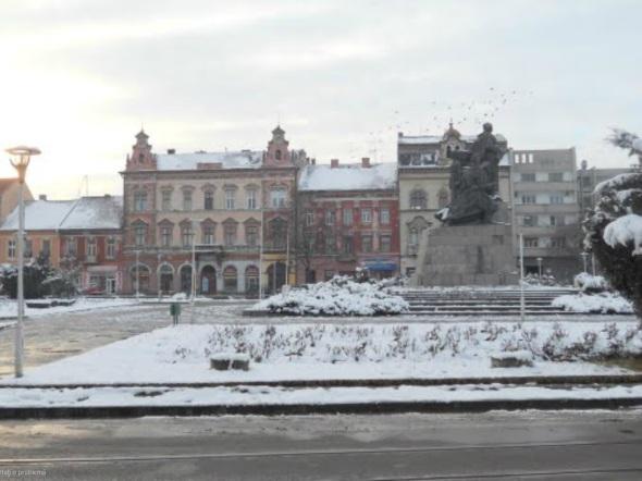 Cladirea construita pe locul fostei Primarii a Aradului, B-dul Revolutiei 16