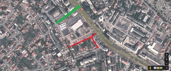 cu verde este strada facuta pentru aprovizionarea magazinului, mai urmeaza sa se construiasca o trecere peste linia de tramvai, cu rosu sunt cai de acces care urmeaza sa fie facute
