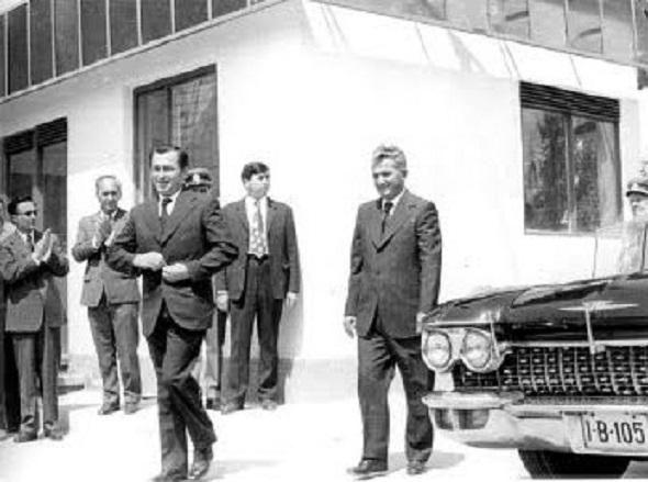 02.Iliescu_si_Ceausescu