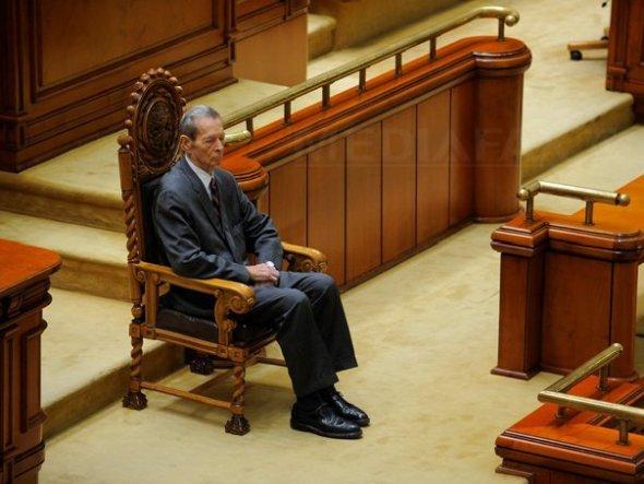 03.regele-mihai-parlament-3-octav-ganea
