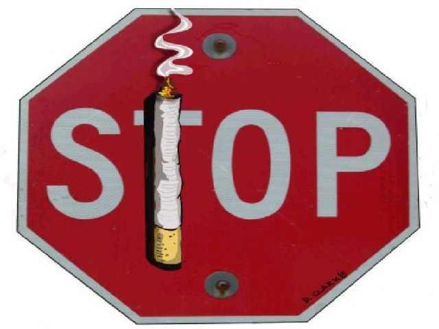 Crucea Roşie Arad: Stop fumatului
