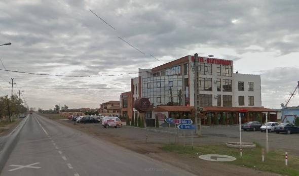 """""""mica"""" Tavernă Pecicană a domnului senator Traian Igaț, construită din venitul de bugetar"""