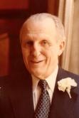 Francisc von Neuman, Baron de Végvár născut la 10.10.1910 în Araddecedat în 1993 la Naples, Florida, SUA