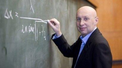 Stefan Hell născut la 23 decembrie 1962 în Arad